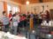 Kleine und große Sängerinnen und Sänger zu Gast bei der Seniorengemeinschaft